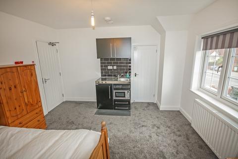 Studio to rent - Main Road, Margaretting, Ingatestone
