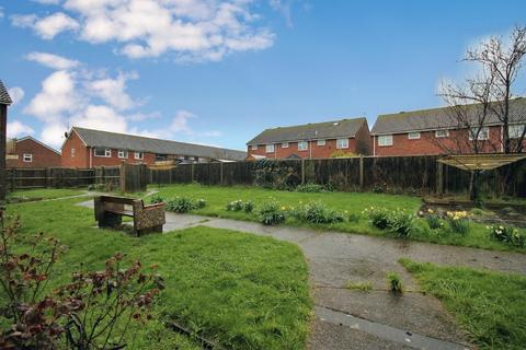 1 bedroom ground floor flat for sale - Bushby Close, Sompting BN15 9JW