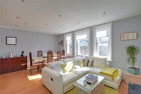 1 bedroom flat for sale - Hervey Road, Blackheath, London, SE3