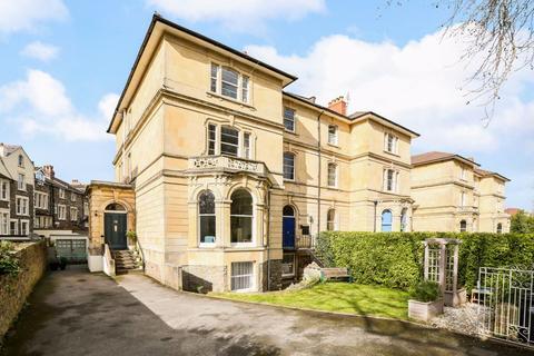 2 bedroom apartment for sale - Cambridge Park, Redland