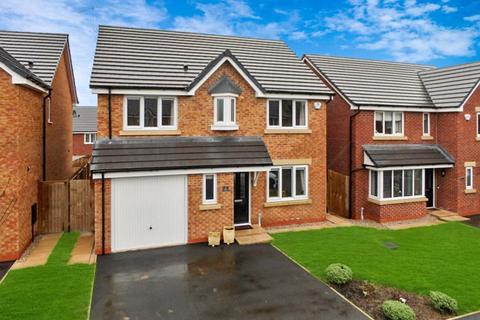 4 bedroom detached house for sale - Williams Drive, Shavington, Cheshire