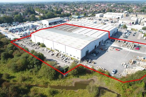 Warehouse to rent - Road Beta, Middlewich, Cheshire