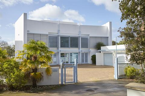 3 bedroom apartment for sale - Alington Road, Poole, Dorset
