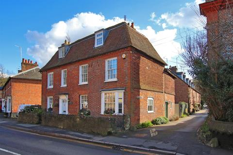 3 bedroom semi-detached house for sale - Vicarage Hill, Westerham