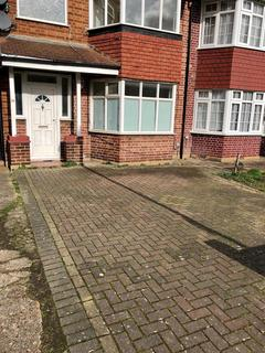 3 bedroom semi-detached house to rent - Westerham Avenue, Edmonton