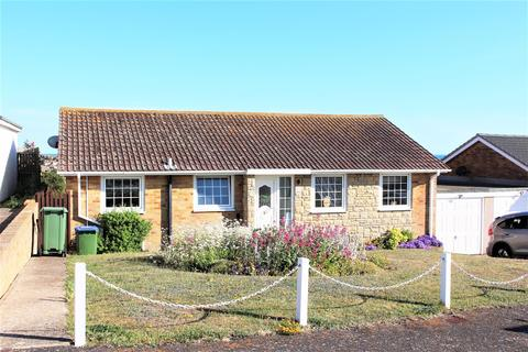 3 bedroom bungalow for sale - Rochford Way, Seaford