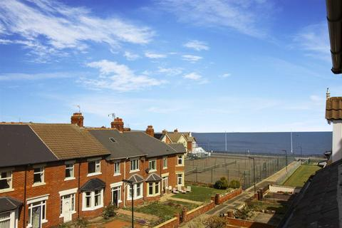 3 bedroom flat to rent - Helena Avenue, Whitley Bay