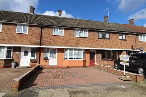 3 bedroom terraced house for sale - Tuck Road, Rainham