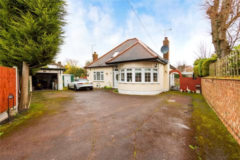 3 bedroom detached bungalow for sale - Little Gaynes Lane, Upminster, RM14