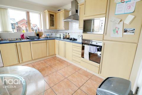 2 bedroom apartment for sale - Marine Approach, Burton Waters