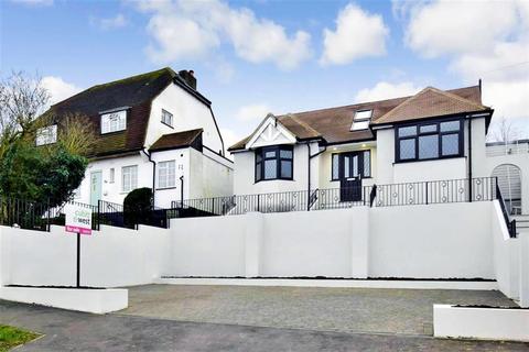 4 bedroom detached bungalow for sale - Riddlesdown Avenue, Purley, Surrey