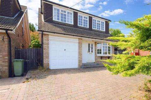 4 bedroom detached house to rent - Outwood Common Road, Billericay CM11
