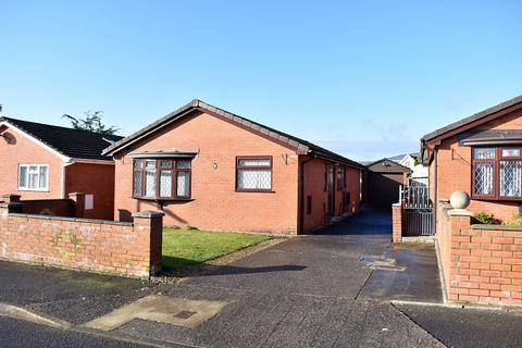 3 bedroom detached bungalow for sale - Kingrosia Park, Clydach, Swansea, City And County of Swansea. SA6 5PF
