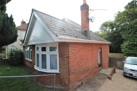2 bedroom bungalow for sale - Archery Grove, Southampton, SO19