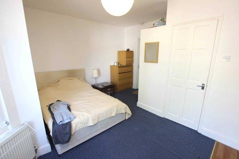 Studio to rent - Wantage Road, Reading