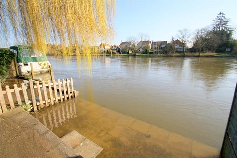 2 bedroom cottage for sale - Bundys Way, STAINES-UPON-THAMES, Surrey