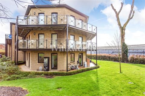 3 bedroom flat for sale - Davis House, Huguenot Drive, London, N13