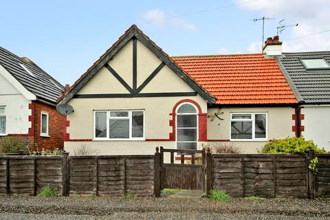 3 bedroom chalet for sale - Seventh Avenue, Lancing BN15 0PJ