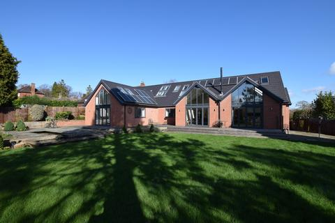 4 bedroom detached house to rent - Kingscroft , Allestree Derby DE22 2FP