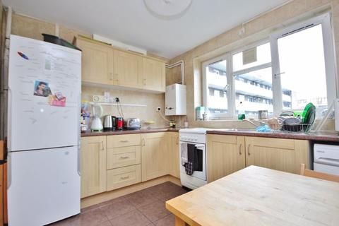 4 bedroom apartment for sale - Malcolm House, London