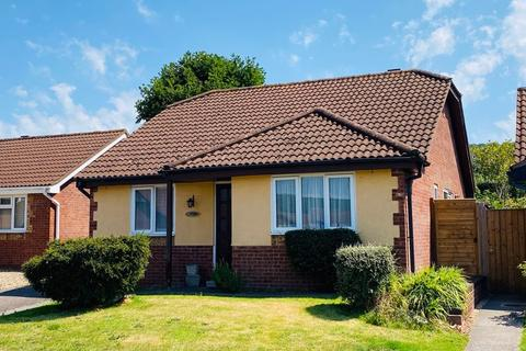 3 bedroom detached bungalow for sale - Cypress Close, Honiton