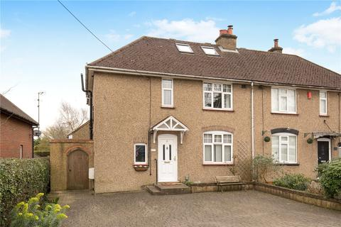 3 bedroom semi-detached house for sale - Darrs Lane, Northchurch, Berkhamsted, Hertfordshire, HP4