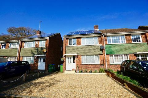3 bedroom semi-detached house for sale - Tenterton Avenue, Southampton, SO19 9HT