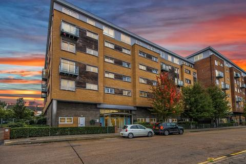 1 bedroom apartment for sale - Cherrydown East, Basildon