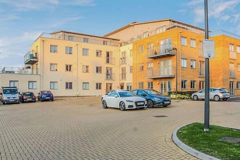 2 bedroom apartment for sale - Ramsden Court, Wickford, SS12 9FT