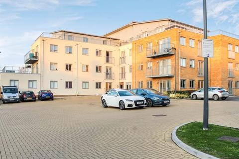 2 bedroom apartment for sale - Golden Jubilee Way, Wickford