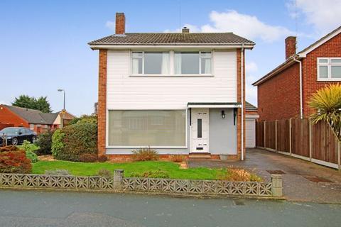 3 bedroom detached house for sale - Fambridge Road, Maldon