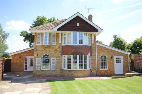 5 bedroom detached house for sale - The Manor Beeches, Dunnington, York, YO19