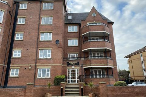 2 bedroom apartment for sale - Winward House, South Promenade, Lytham St Annes