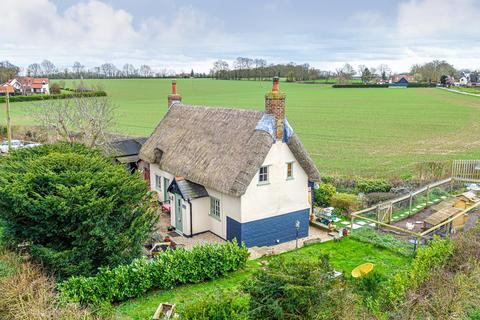 2 bedroom cottage for sale - Little London, Combs