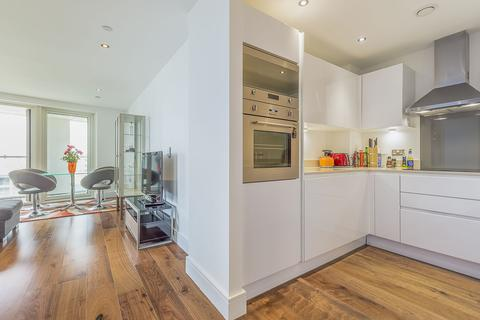 3 bedroom apartment to rent - Duckman Tower, 3 Lincoln Plaza, London, E14