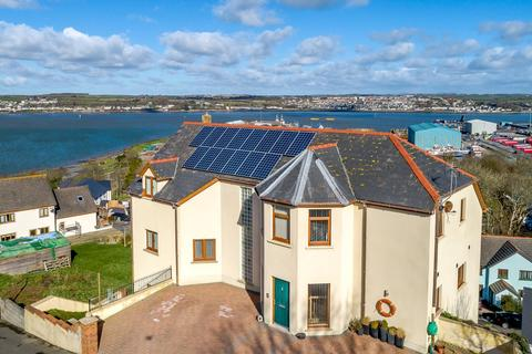 6 bedroom detached house for sale - St. Patricks Hill, Llanreath, Pembroke Dock, Pembrokeshire, SA72