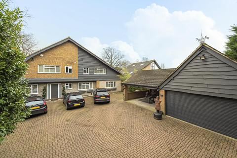 5 bedroom detached house for sale - St. Georges Road West, Bickley