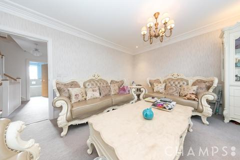 4 bedroom townhouse for sale - High Road, London