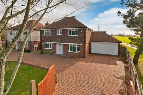 4 bedroom detached house for sale - Warmlake Road,  Sutton Valence, ME17