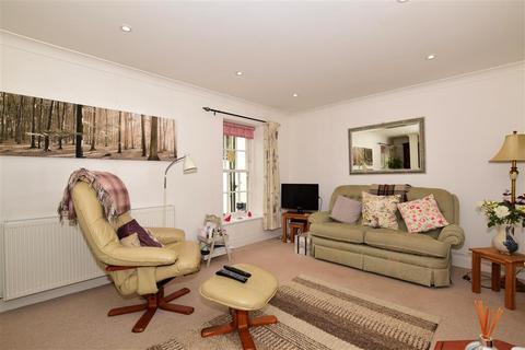 2 bedroom maisonette for sale - Queens Gardens, Dover, Kent