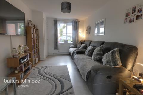 3 bedroom detached house for sale - Sandbrook Close, Shavington, Crewe