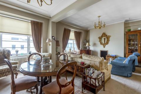 3 bedroom flat for sale - College Crescent, Belsize Park