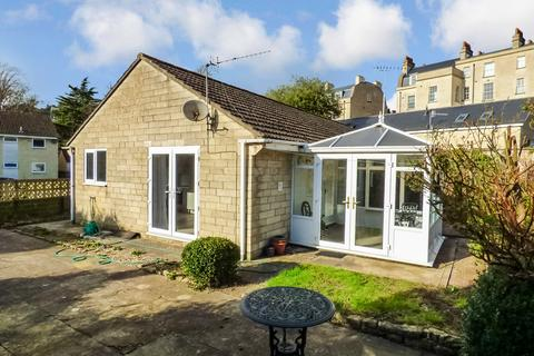 1 bedroom semi-detached bungalow for sale - Prime Central Bath Location