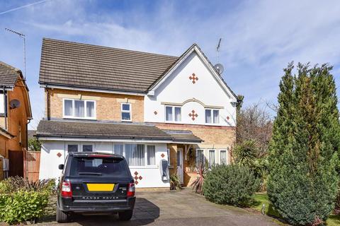 5 bedroom detached house for sale - Radstock Close, Friern Barnet