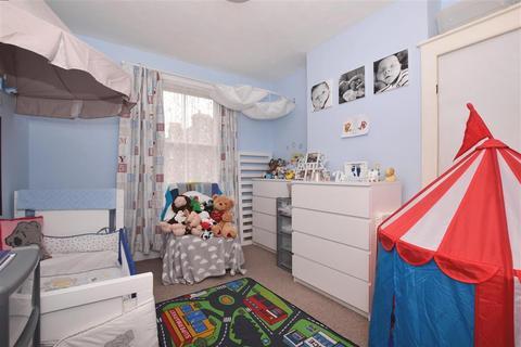 2 bedroom flat for sale - South Road, Herne Bay, Kent