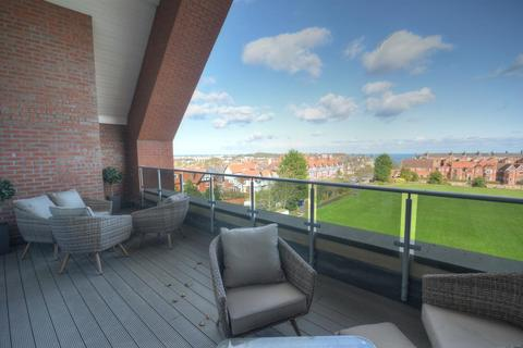 1 bedroom flat for sale - Filey Road, Scarborough