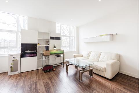 2 bedroom flat to rent - Bromyard Avenue, Acton, W3