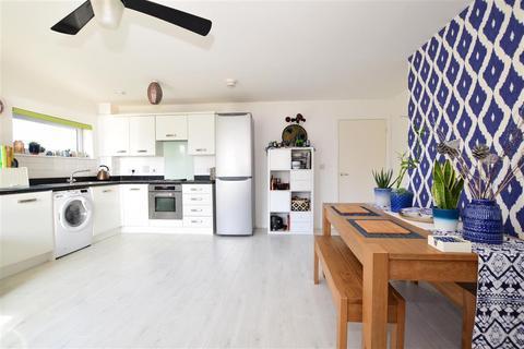 2 bedroom ground floor flat for sale - Vickers Lane, Dartford, Kent