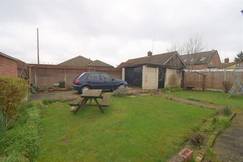 2 bedroom detached bungalow for sale - Ocean Road, Thurnby Lodge , Leicester