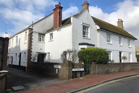 3 bedroom end of terrace house to rent - The Green, Rottingdean
